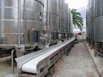 Nastro trasportatore in PVC / in acciaio inox / per l'industria agroalimentare