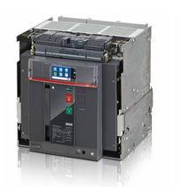 Interruttore automatico ad aria / di potenza / telecomandato / con funzione di controllo della potenza