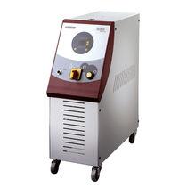 Controllore di temperatura con touch screen / con raffreddamento diretto / per canale caldo / mobile
