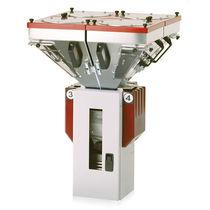 Miscelatore-dosatore di granulato / gravimetrico / per l'industria delle materie plastiche