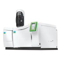 Cromatografo in fase gassosa / accoppiato a spettrometro di massa / da laboratorio
