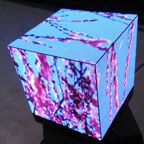 Display a matrice di punti / a forma di cubo / su misura