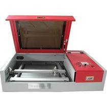 Macchina per incisione laser / per vetro