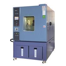 Camera per test di umidità e di temperatura / ambientale / con regolazione climatica e di temperatura / per aeromobile