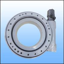 Sistema di trasmissione rotativo per inseguitore solare / a vite senza fine / a prova di polvere