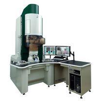 Microscopio per analisi / altissima risoluzione / a videocamera digitale / elettronico a trasmissione
