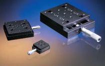 Micro-posizionatore manuale / lineare / 1 asse / analogico