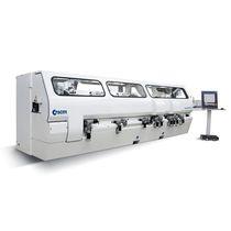 Macchina di stampaggio automatica