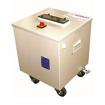 Armadio di distribuzione elettrica / con rotelle / in acciaio / in termoplastici