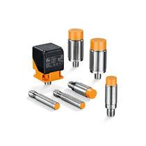 Sensore di prossimità analogico / induttivo / cilindrico / rettangolare