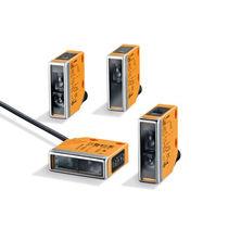 Sensore fotoelettrico con soppressione di sfondo / a riflessione diretta / retroriflettente / a barriera