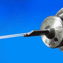Utensile di tornitura esterno / a flangia / con fluido di raffreddamento ad alta pressione