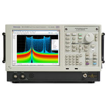 Analizzatore per rete elettrica / di spettro / benchtop / in tempo reale