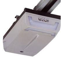 Attuatore lineare / elettrico / per porta a battente