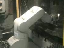 Robot articolato / 5 assi / di automazione presse / industriale