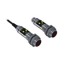 Sensore fotoelettrico a riflessione diretta / cilindrico / polarizzato