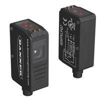 Sensore fotoelettrico a riflessione coassiale / rettangolare / luce rossa / compatto