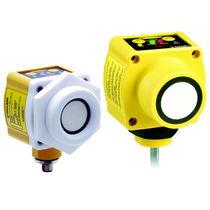 Sensore di distanza ad ultrasuoni / rinforzato / analogico / programmabile