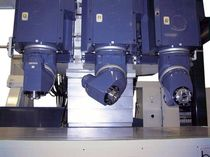 Centro di lavoro CNC a 3 assi / universale / per acciaio / multimandrino