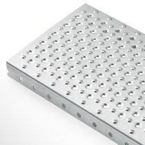 Grigliato metallo / in lamiera / antiscivolo
