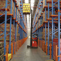 Scaffalatura magazzino di stoccaggio / per carichi pesanti / pallet drive-in/drive-through