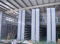 Soppalco industriale con scaffalature