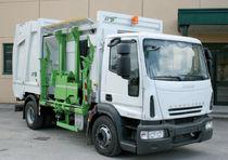 Veicolo raccolta rifiuti caricamento laterale