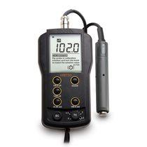 Conduttimetro portatile / digitale / con compensazione automatica della temperatura