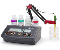 PHmetro da banco / di laboratorio / di precisione