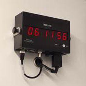 display con montaggio a parete - TimeLink microsystems