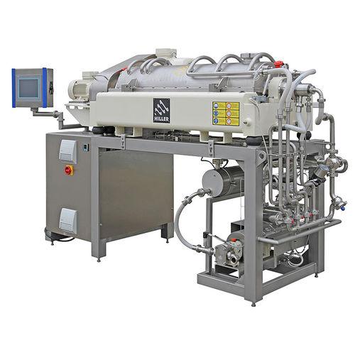 decanter centrifugo / orizzontale / per l'industria agroalimentare / per l'industria delle bevande