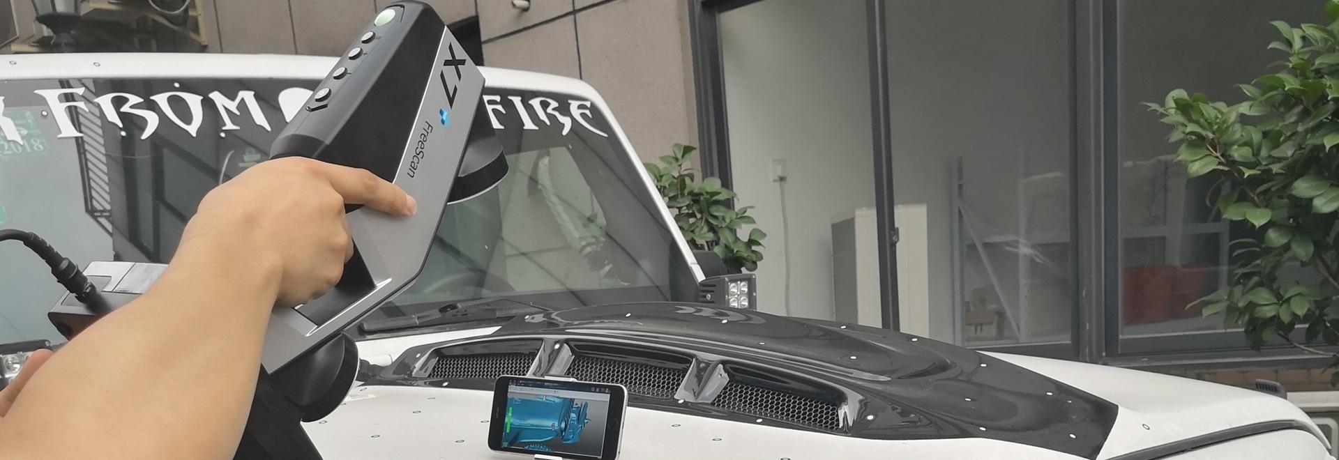 3D che esplora un'aria aperta di Jeep Wrangler facendo uso di FreeScan senza fili X7+
