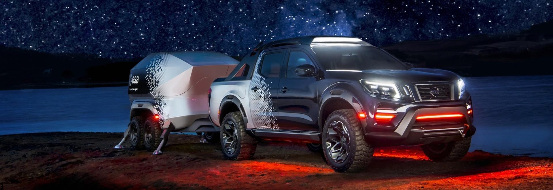 Nissan rivela l'osservatorio mobile – concetto scuro del cielo di Navara