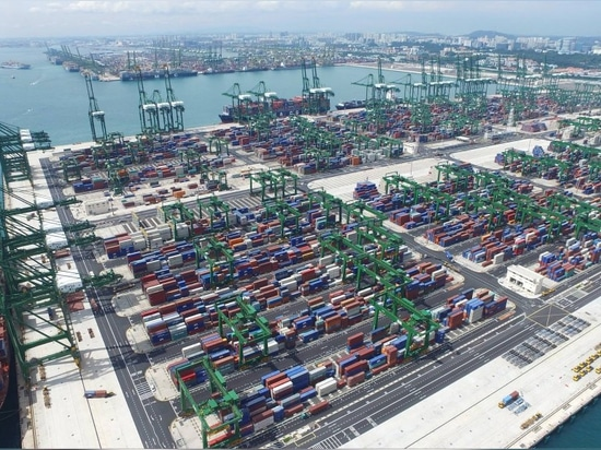 MPA PER LANCIARE L'ISTALLAZIONE INDUSTRIALE ADDITIVA DI ON-PORT A SINGAPORE