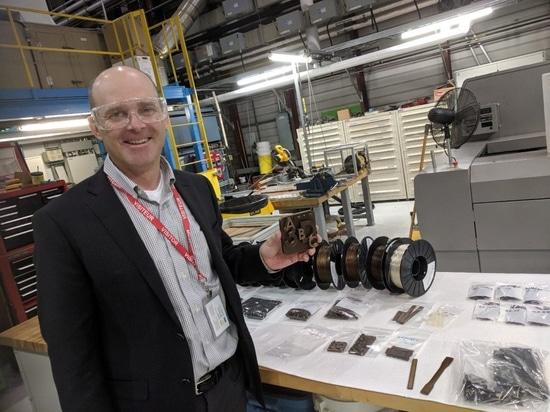 BioCarbon avanzato 3D sviluppa la bioplastica stampabile ad alto rendimento 3D da legno