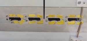 filiera di estrusione per profilati di serrandine