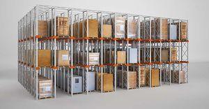 scaffalatura magazzino di stoccaggio