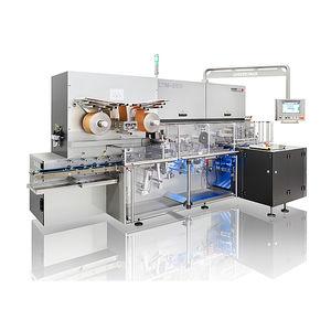 macchina per imballaggio con pellicola piegata