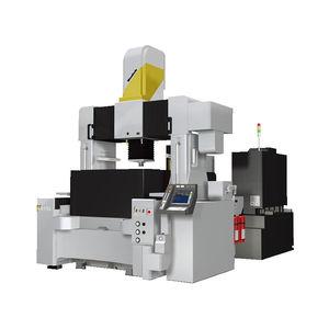 macchina per elettroerosione per stampaggio a freddo