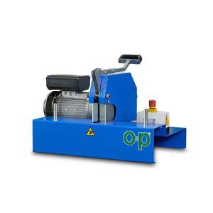 macchina da taglio per gomma / a lama rotativa / per tubi flessibili / compatta