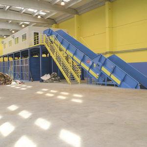 sistema di smistamento automatizzato / per rifiuti / per plastica / per imballaggi