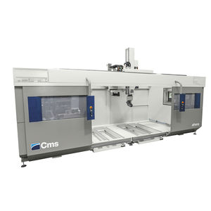 centro di lavoro CNC 5 assi