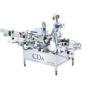 etichettatrice automatica / per etichette adesive / per prodotti chimici / per bottiglie