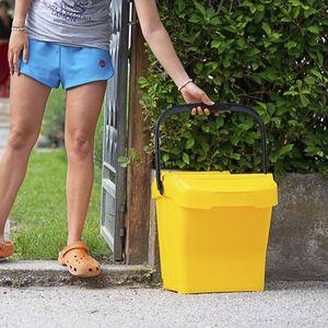 contenitore per rifiuti antimicrobico