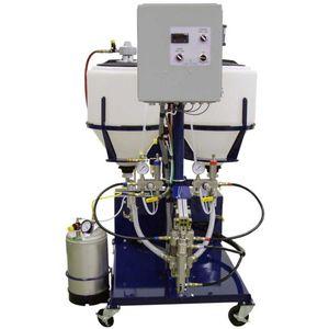 unità di dosaggio volumetrica / a pistone / di resina bicomponente per pultrusione / con motore idraulico