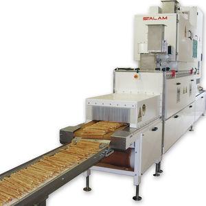 essiccatore a radiofrequenza / su linea / per l'industria agroalimentare / con nastro trasportatore