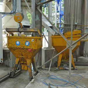 miscelatore planetario / discontinuo / per cemento / compatto