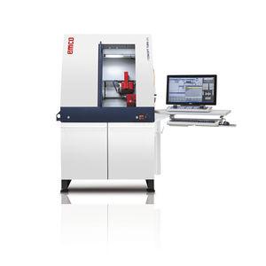 macchina di tornitura CNC