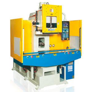 pressa ad iniezione orizzontale / idraulica / elettrica ed idraulica / per PVC