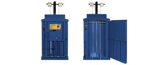 pressa imballatrice verticale / a carico frontale / di rifiuti solidi / a camera singola